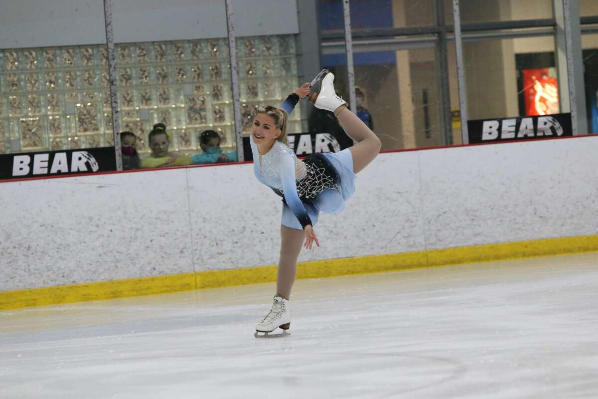 The Midland Figure Skating Club's Sydni Nikolai competes in the Onyx Ice Challenge in Rochester Hills, Aug. 20-21, 2021.