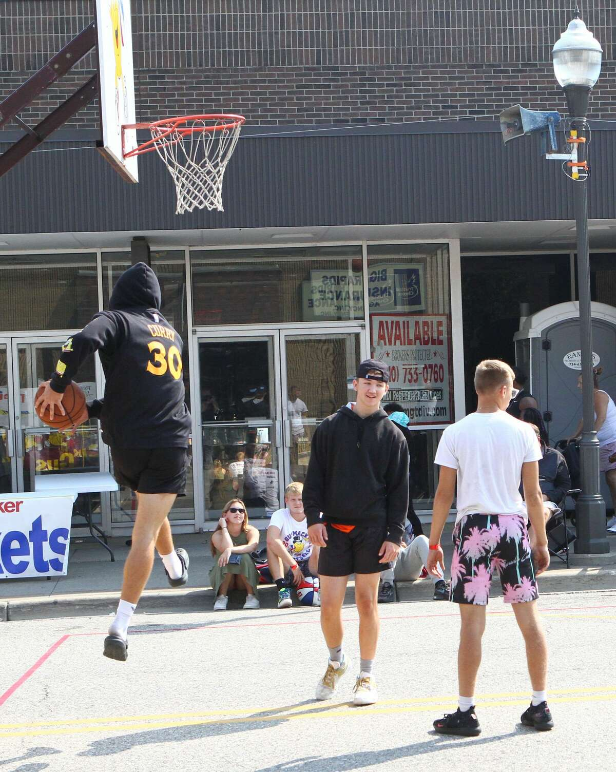 After last year's event was canceled due to the pandemic, the Gus Macker 3-on-3 Basketball Tournament returned to Big Rapids Saturday.