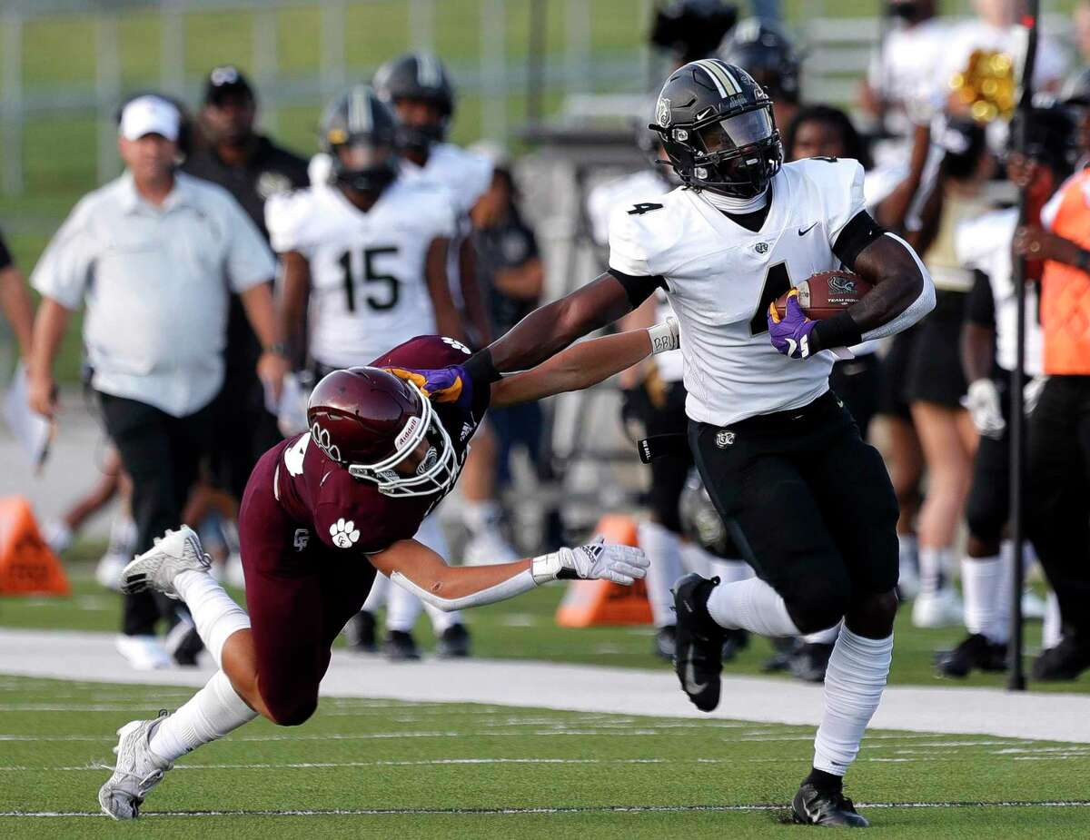 Harold Perkins (4), a highly coveted linebacker, has rushed for 345 yards and six TDs while averaging 21.6 yards per carry at running back for Cypress Park.