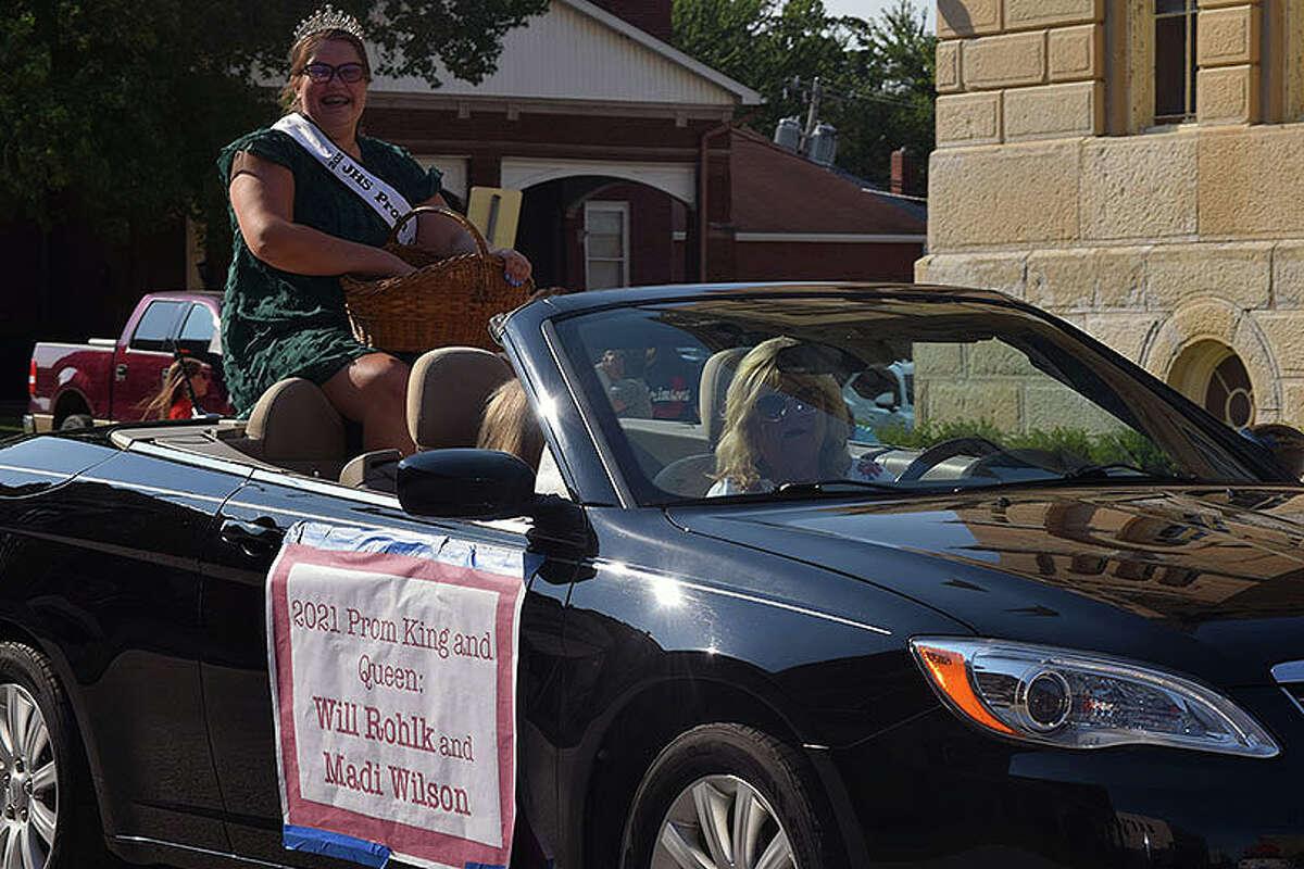 Jacksonville High School 2021 prom queen Madi Wilson.