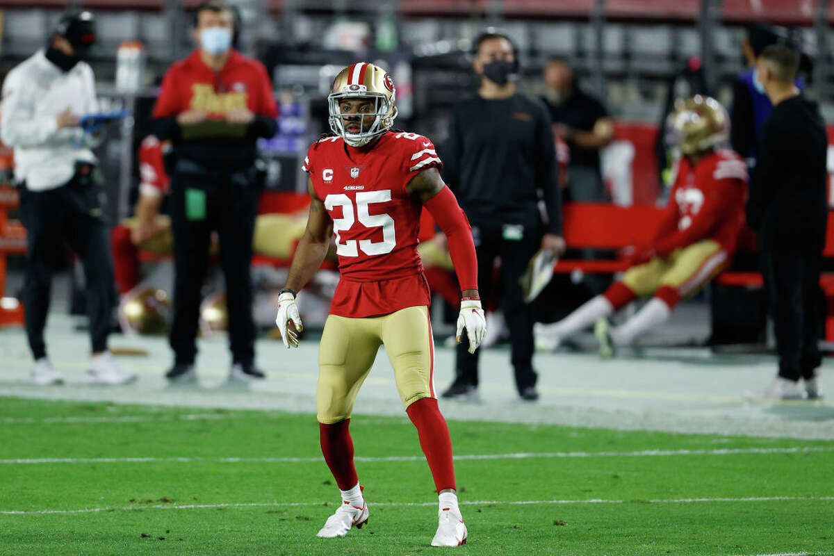Cornerback Richard Sherman of the San Francisco 49ers during the NFL game against the Buffalo Bills at State Farm Stadium on December 07, 2020