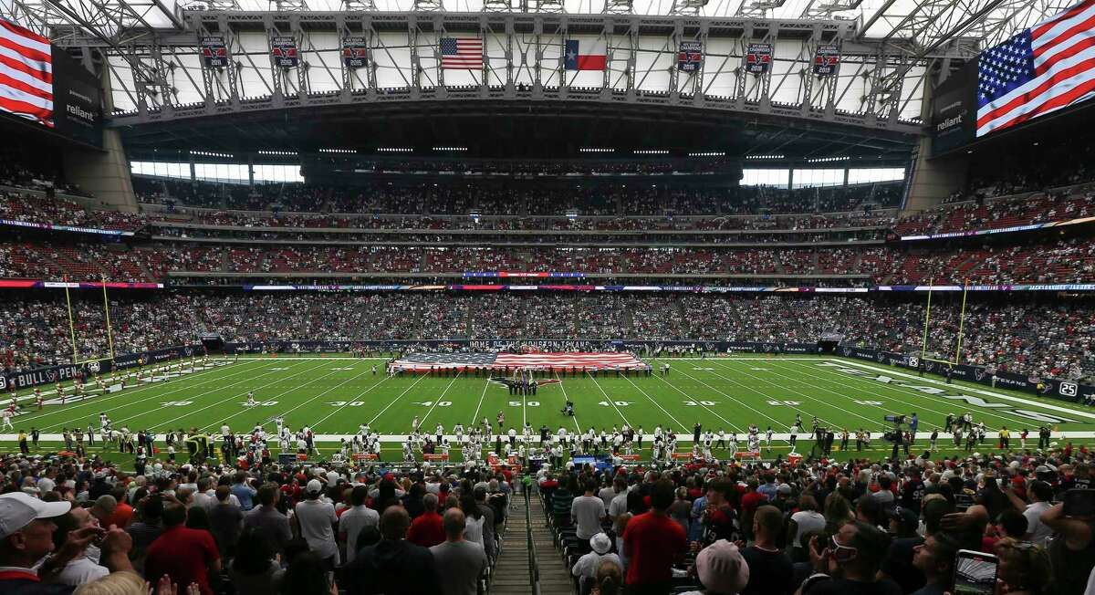 The NRG roof will be closed for Thursday's games vs. Carolina.