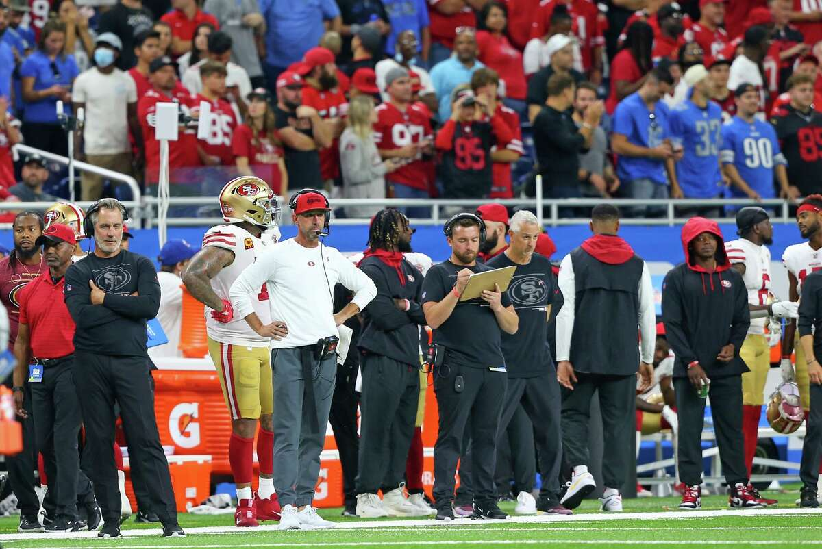 San Francisco 49ers head coach Kyle Shanahan follows the play during the second half of an NFL football game against the Detroit Lions in Detroit, Michigan USA, on Sunday, September 12, 2021. (Photo by Jorge Lemus/NurPhoto via Getty Images)