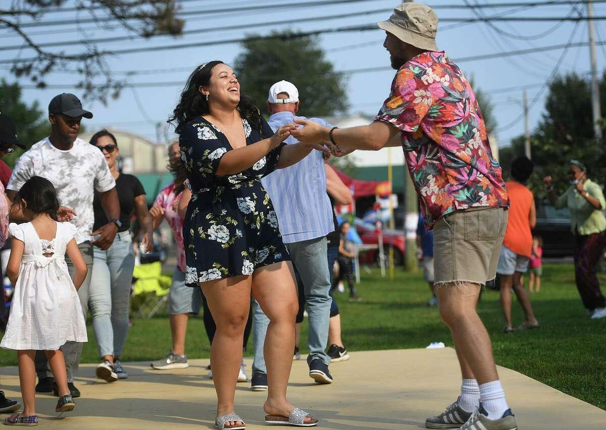 El festival anual de música latina de Stratford en Paradise Green en Stratford, Connecticut, el domingo 12 de septiembre de 2021.