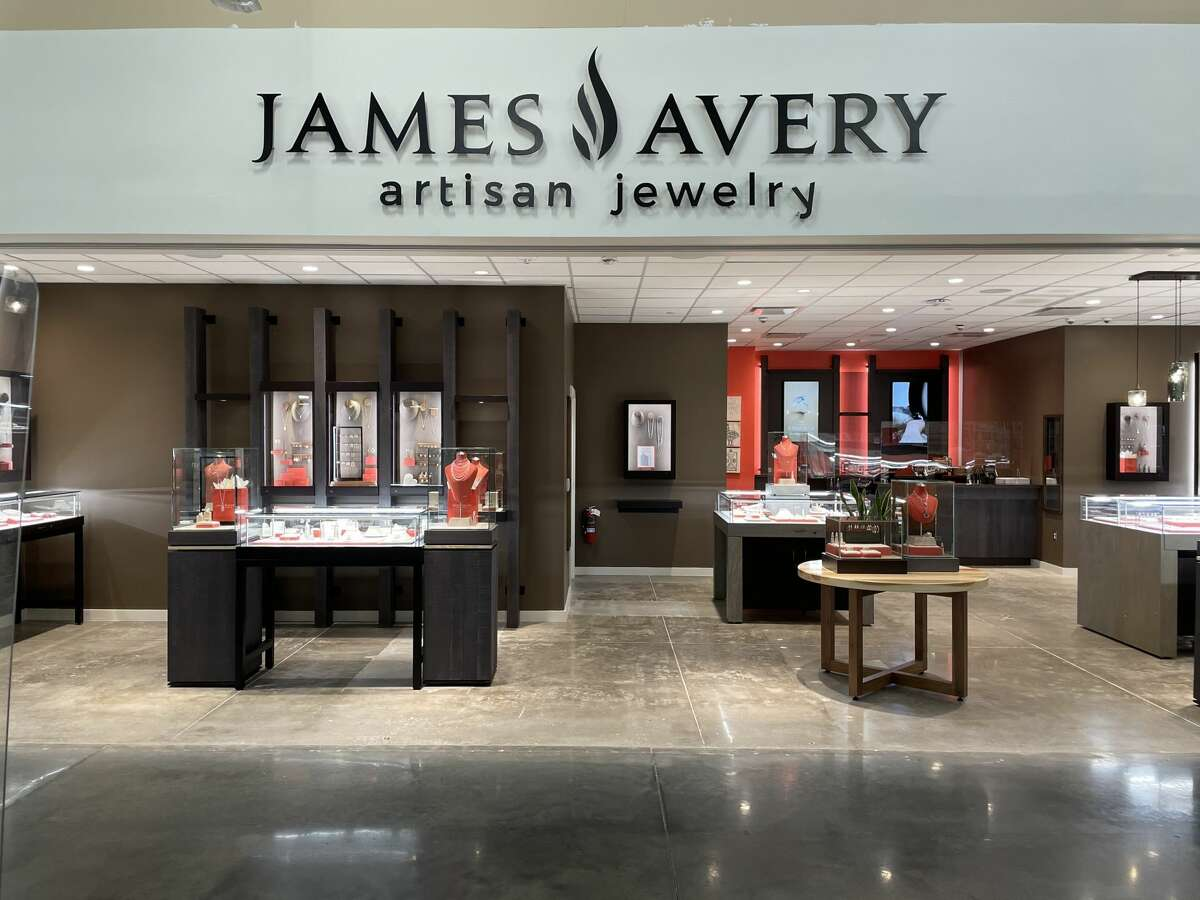 James Avery Artisan Jewelry is opening at H-E-B in League City on September 15.