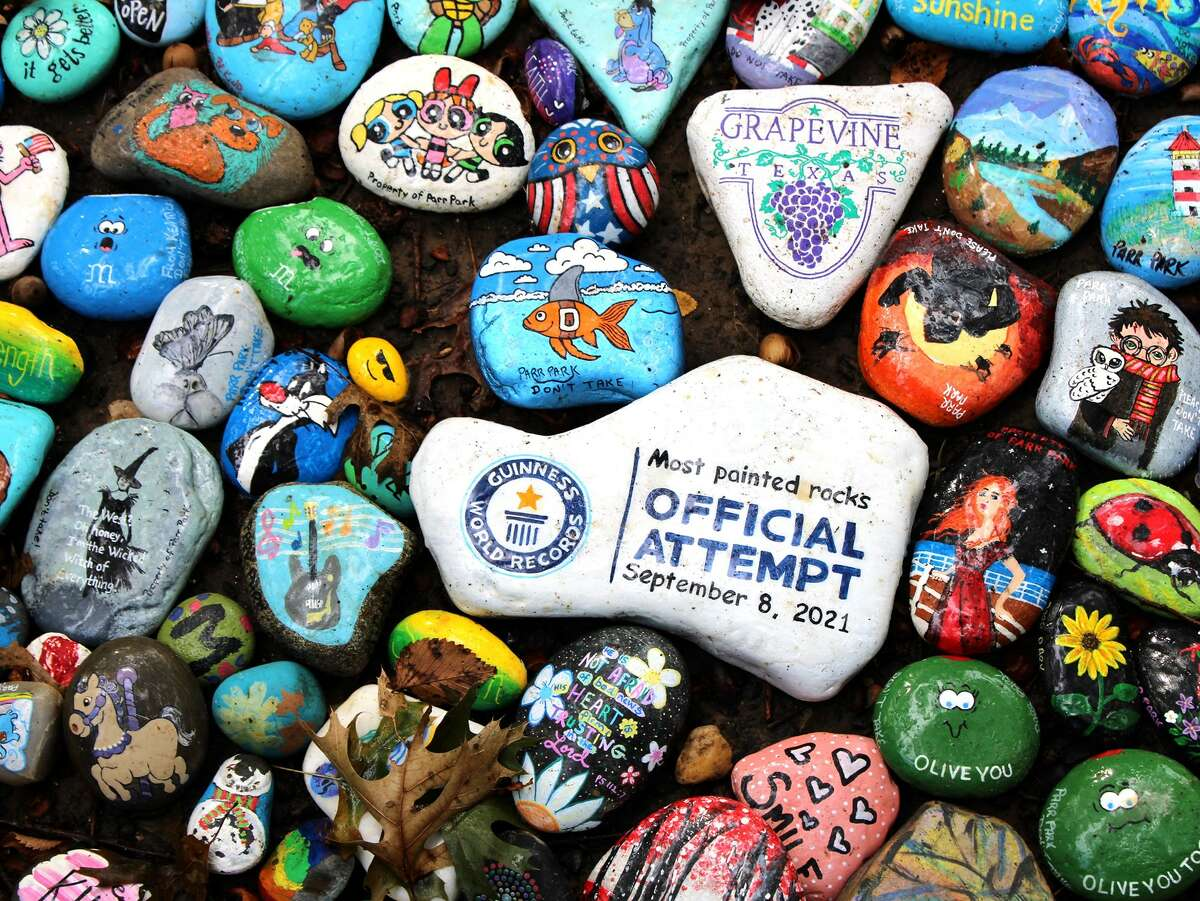 In March 2020, the City of Grapevine Parks and Recreation Department and its residents launched a community project where residents and tourists paint a rock and display it on one of its trails at Parr Park.
