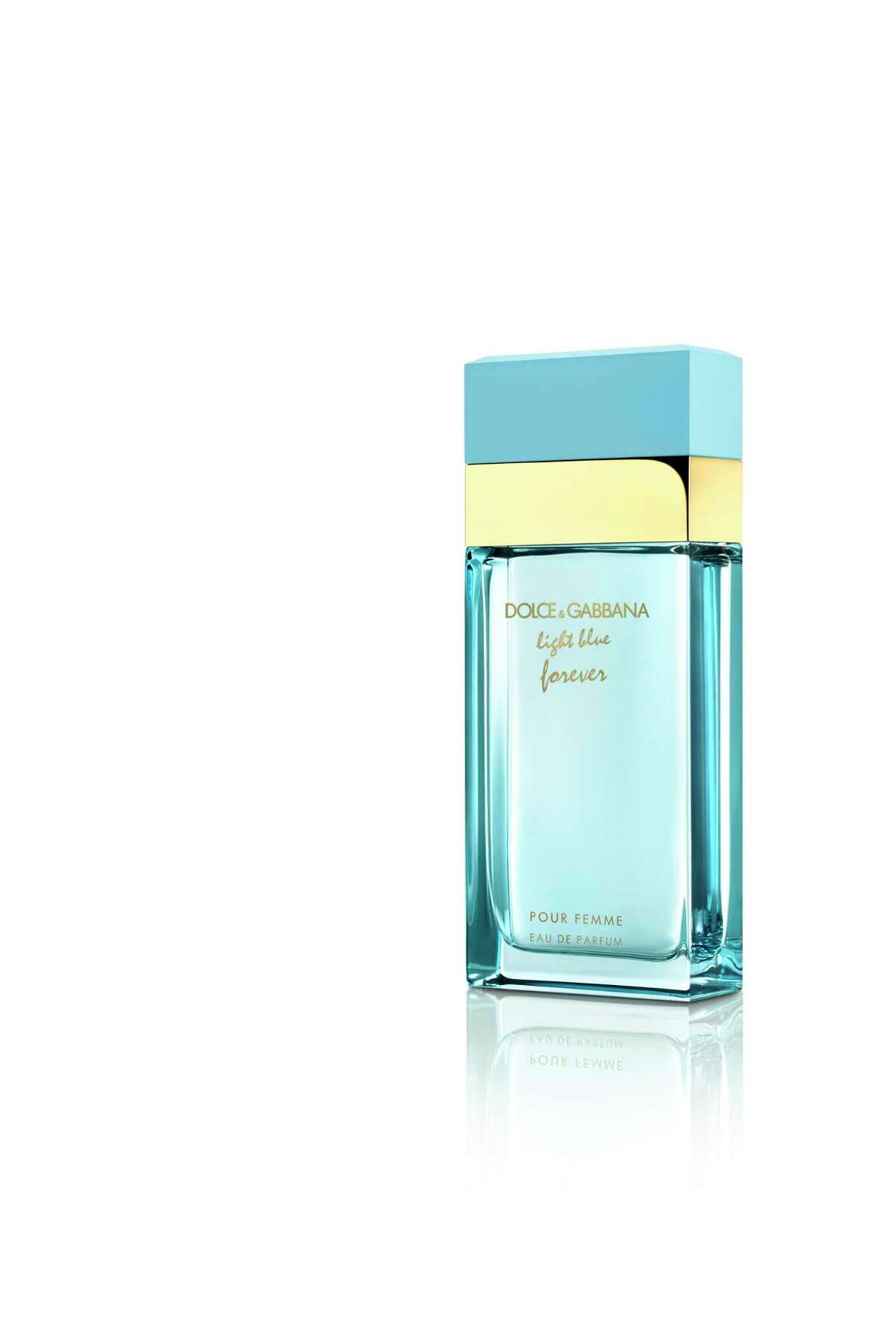 Dolce & Gabbana Light Blue Forever Pour Femme blends Granny Smith apple and Calabrian lemon with white flowers, orange blossom, cedar, cashmere and white musk.