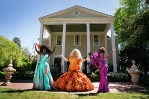 Guess who's back? The queens return in October, and they made a stop at the Texas Border.