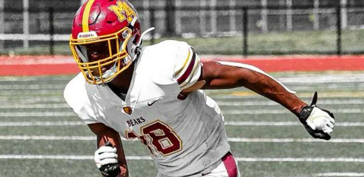 Menlo-Atherton wide receiver Jalen Moss caught three TD passes Saturday in a 34-0 win over Pleasant Valley-Chico.