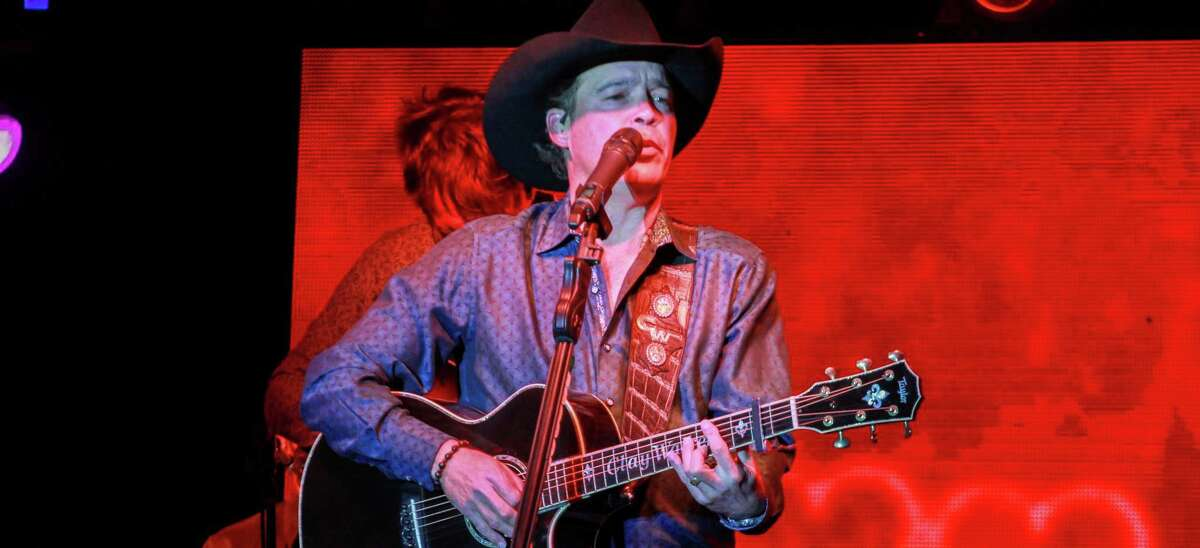 Country music star Clay Walker, shown performing in 2019, returned to live performances this summer. He will play John T. Floore's Country Store Friday.