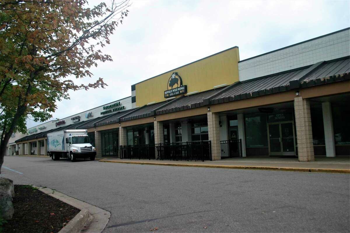 The Ferris Commons shopping center on Perry Avenue will be home to a new UPS store coming to Big Rapids in November. (Pioneer photo/Cathie Crew)