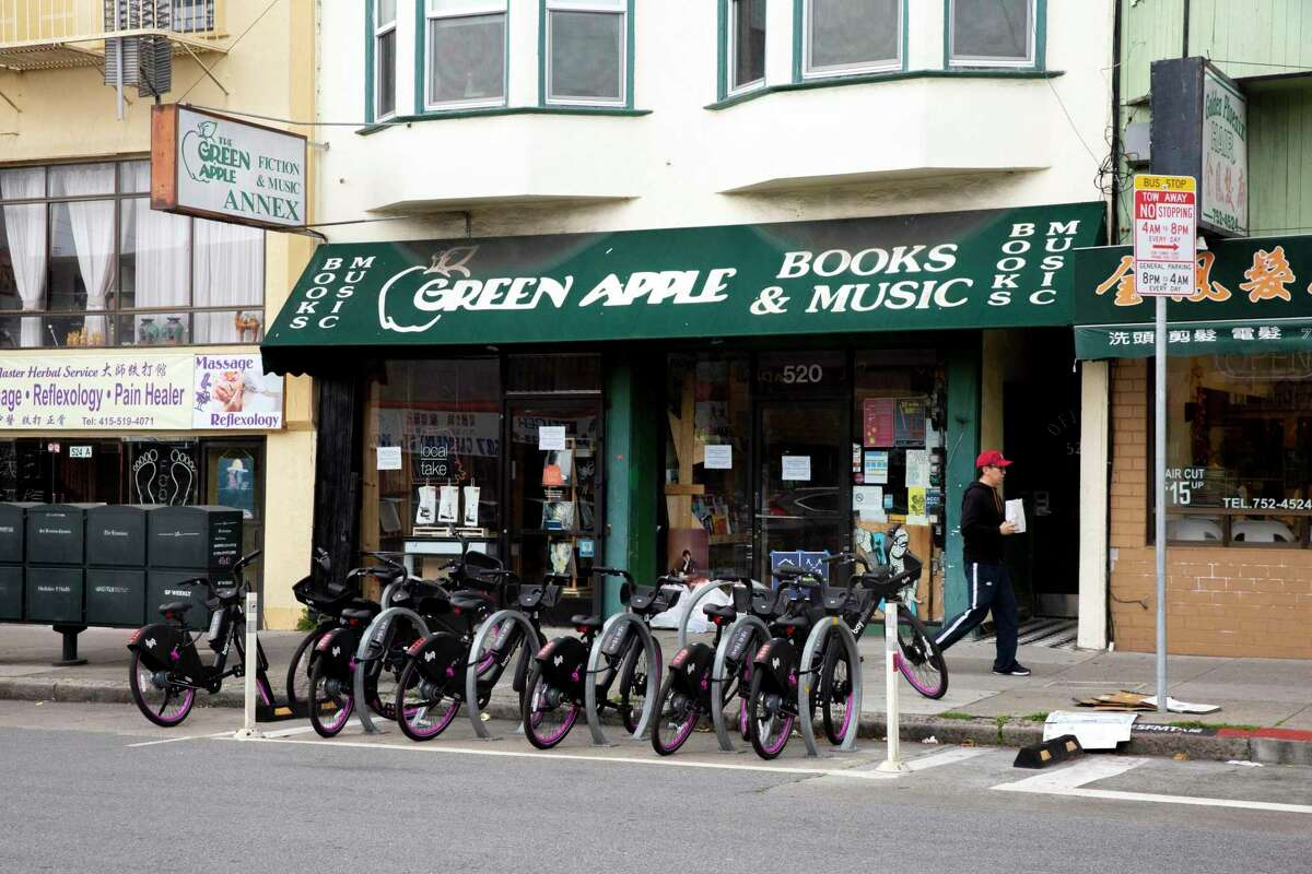 Green Apple Books has been open online during chunks of the coronavirus pandemic. Now, it will be expanding into the San Francisco International Airport.