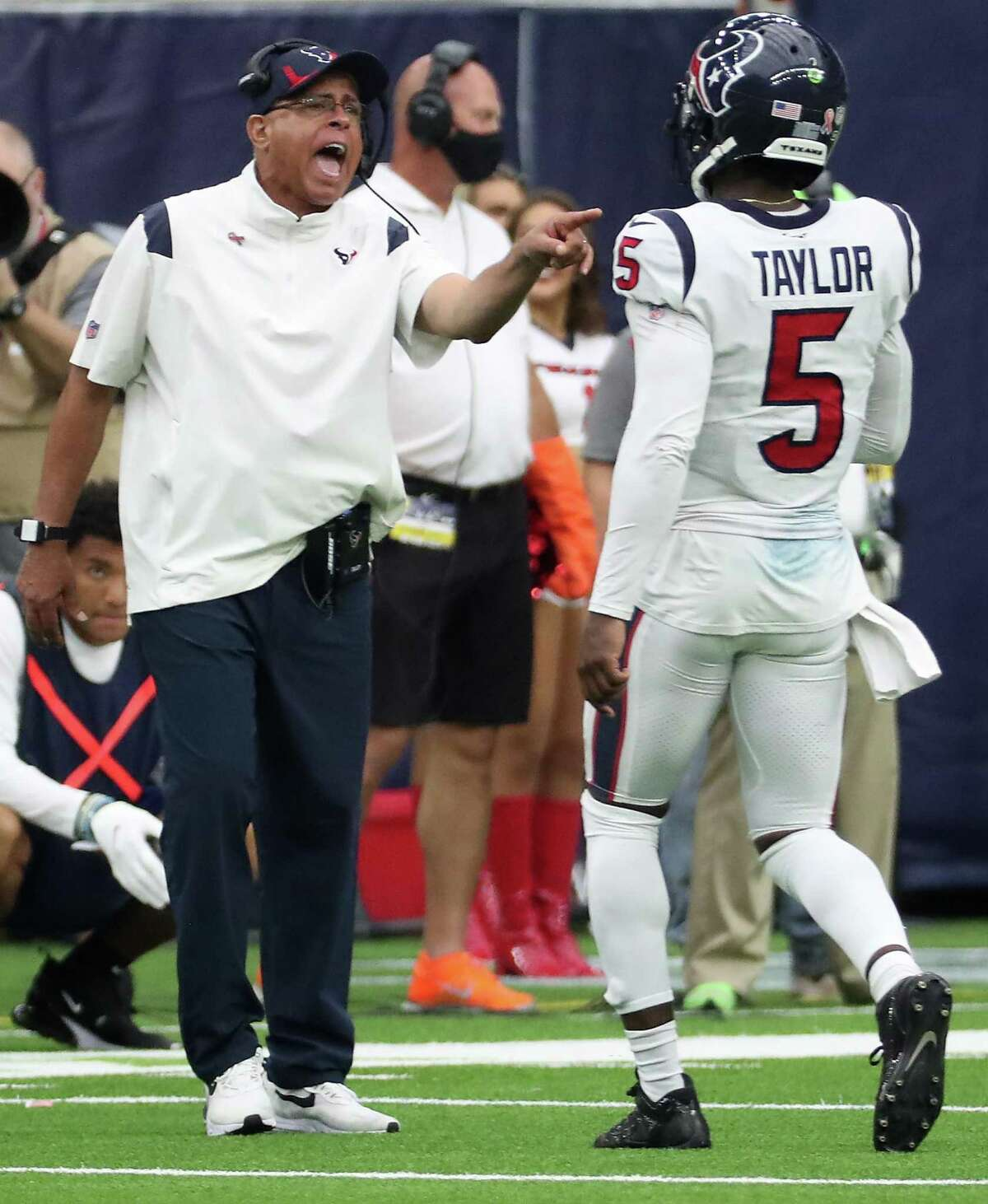 Houston Texans head coach David Culley calls out instructions to quarterback Tyrod Taylor during the fourth quarter on Sunday, Sept. 12, 2021 in Houston.