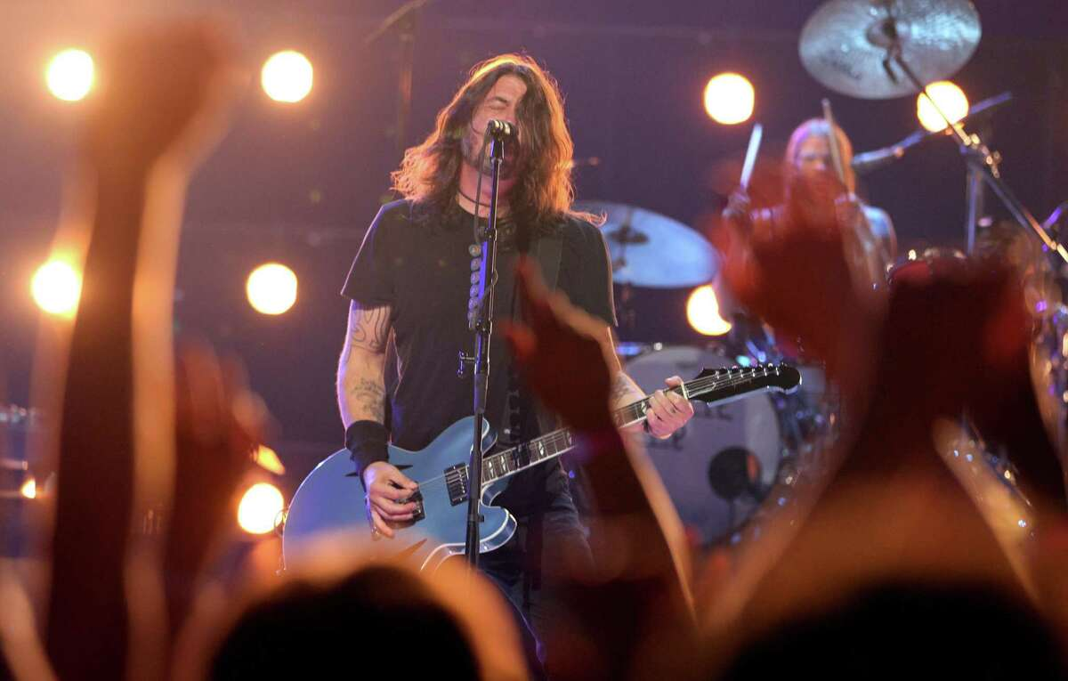 Foo Fighters at Hartford Healthcare Amphitheater, Bridgeport The Foo Fighters will rock the Hartford Healthcare Amphitheater for one of Connecticut's biggest shows of the year on Friday. Find out more about the Foo Fighters show.