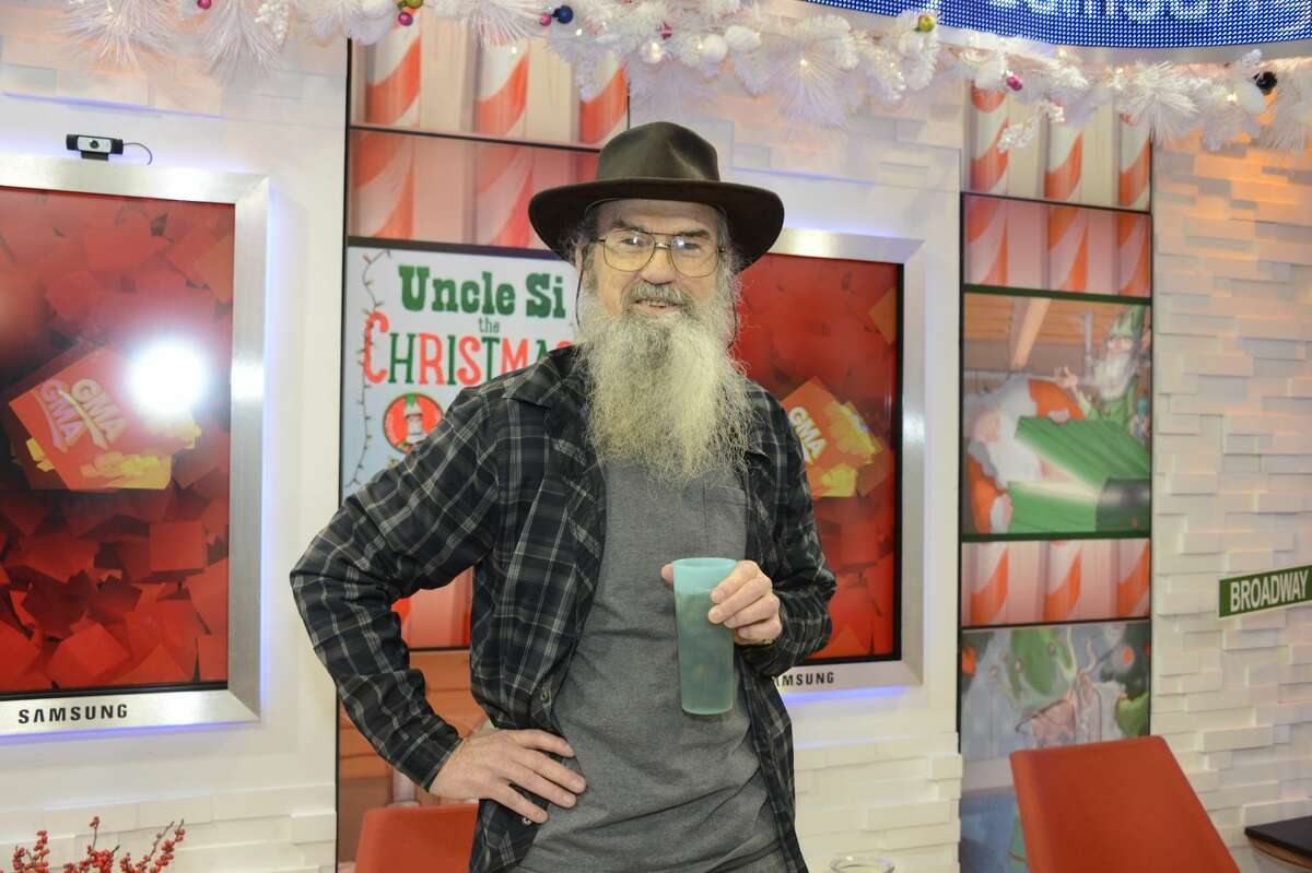 The TV star is launching a branded T-shirt line in collaboration with American Scroll Partners, a Boerne business. To celebrate the new product, Uncle Si will be the star of a meet and greet at Tusculum Brewing Co. in the town about 30 minutes north of San Antonio.