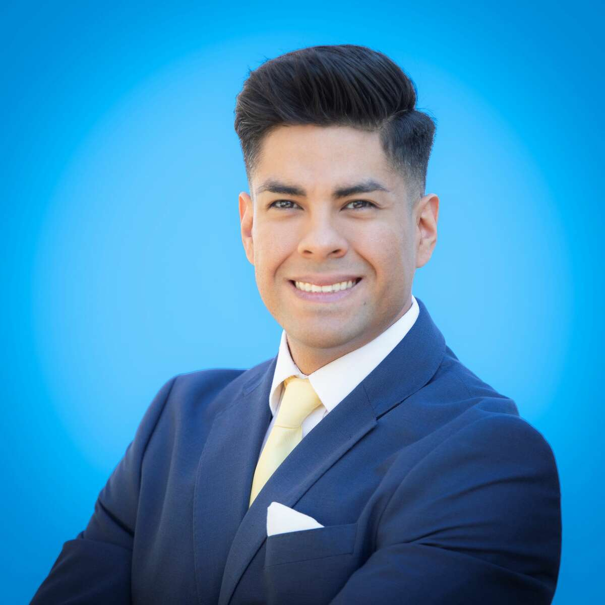 George De La Torre, 36, hopes to educate home buyers about the history of San Antonio's neighborhoods through his social media videos.