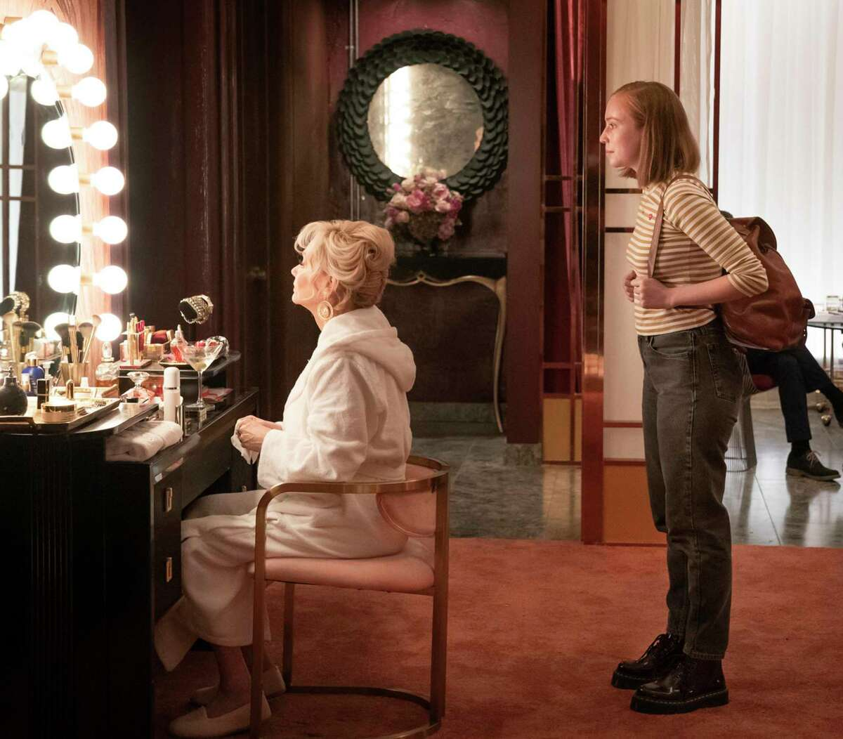 """Jean Smart (left) plays a Las Vegas stand-up comic forced to work with a young writer played by Hannah Einbinder on HBO Max's comedy, """"Hacks."""" (Jake Giles Netter/HBO Max/TNS)"""