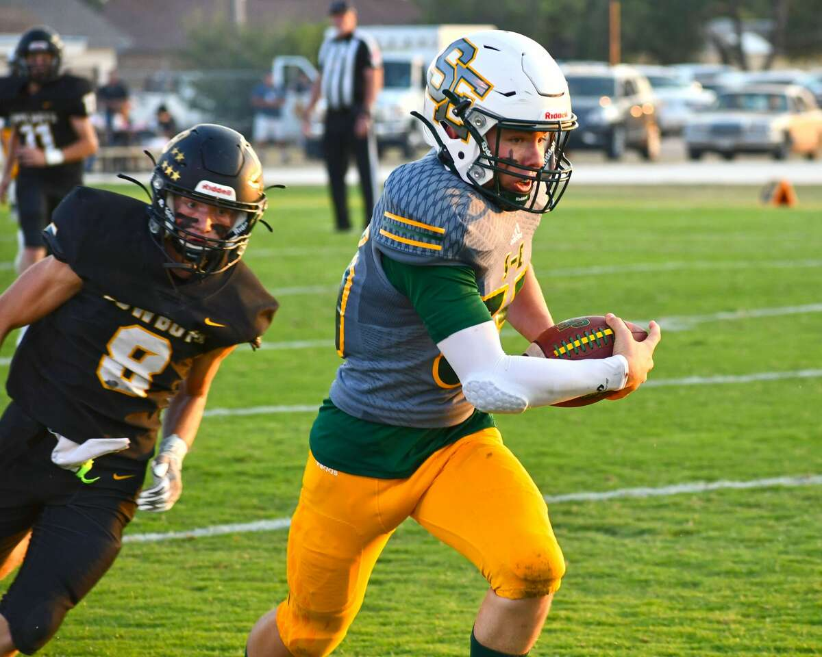 Davey Crandall and seventh-ranked Springlake-Earth will try to keep momentum rolling against O'Donnell this week.