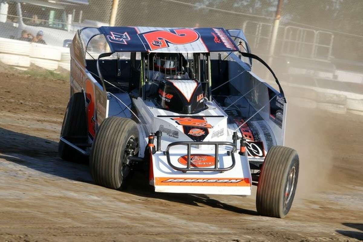 Ronnie Johnson racing at Fonda.