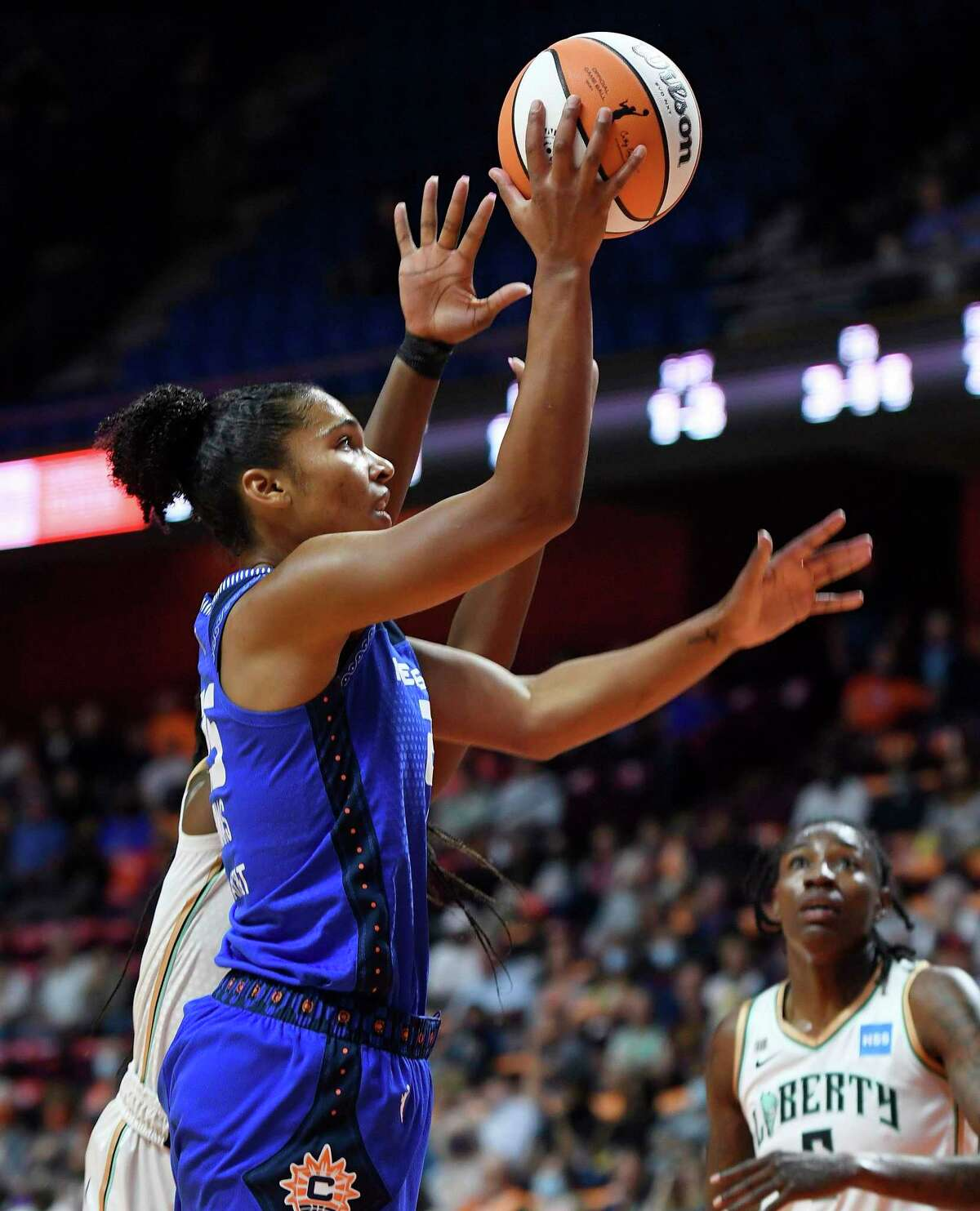 Forward Alyssa Thomas and the Connecticut Sun enter the WNBA playoffs as the No. 1 overall seed.