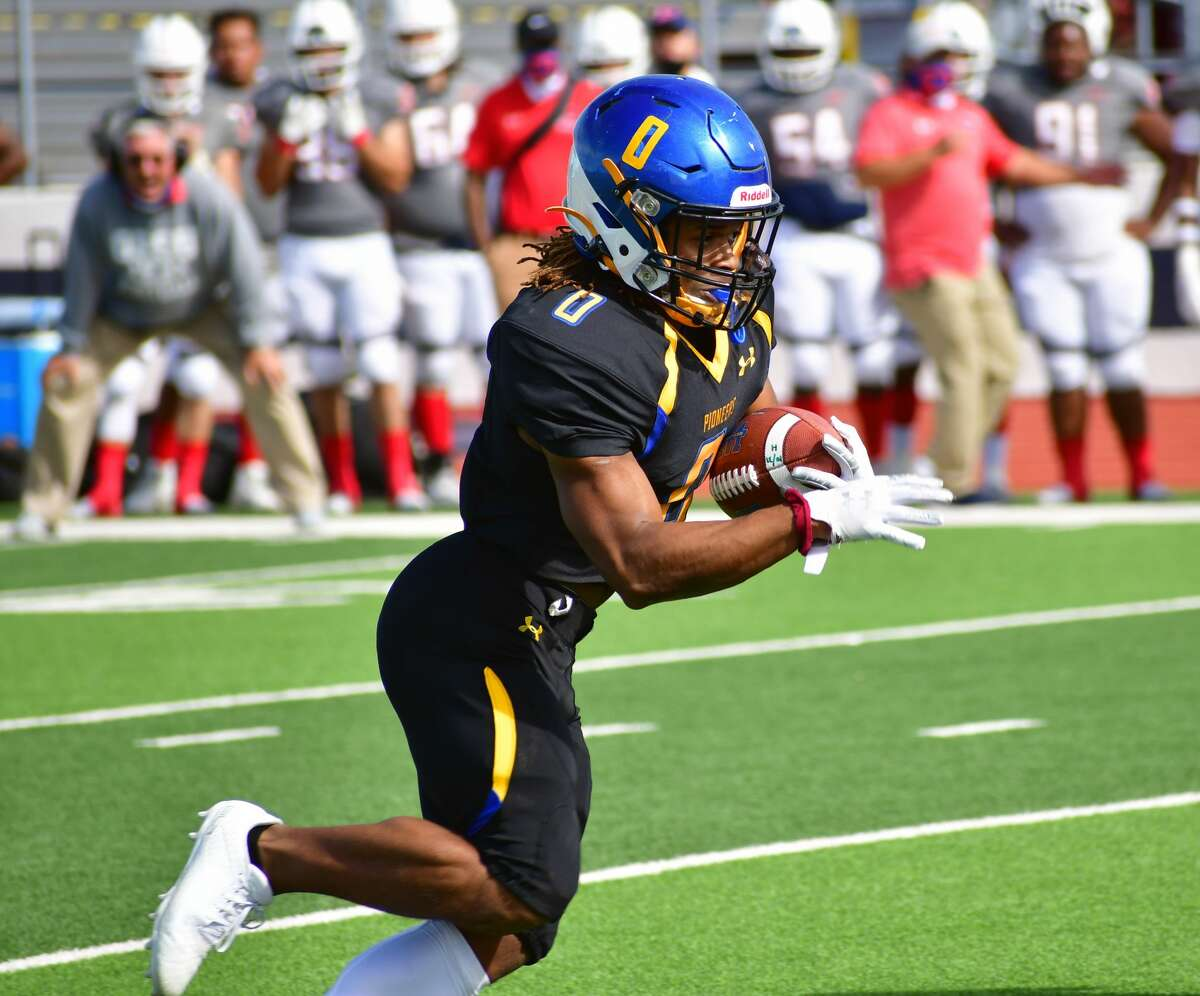 Jaden Miles and the Wayland Baptist football team make their home debut on Saturday against Langston.