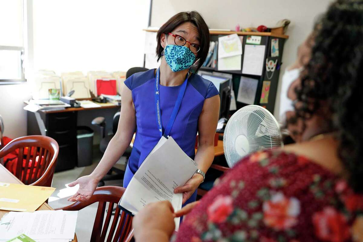 State epidemiologist warns that vaccine administration has slowed in California.