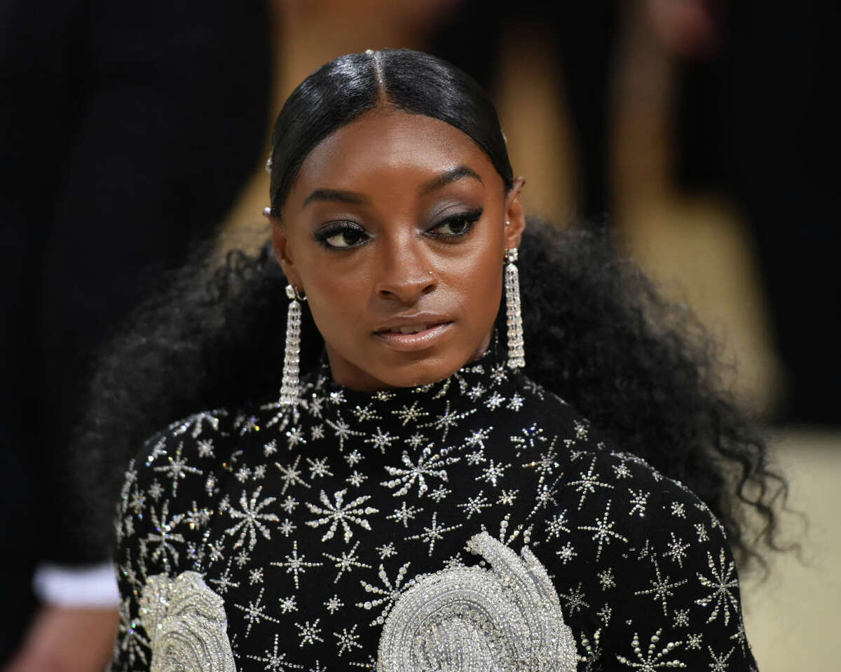 Simone Biles attends 2021 Costume Institute Benefit - In America: A Lexicon of Fashion at the Metropolitan Museum of Art on September 13, 2021 in New York City.
