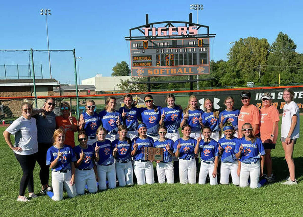 The Edwardsville middle school softball team won the IESA Class 3A Regional 16 softball championship with a 14-3 victory over Jerseyville on Wednesday inside the District 7 Sports Complex. The team, which is comprised of players from both Lincoln and Liberty, will play Chatham Glenwood at 11 a.m. Saturday at Glenwood Intermediate School for the Sectional H championship. The winner will advance to the Class 3A state tournament, scheduled for Sept. 24-25 at Champion Fields in Normal.