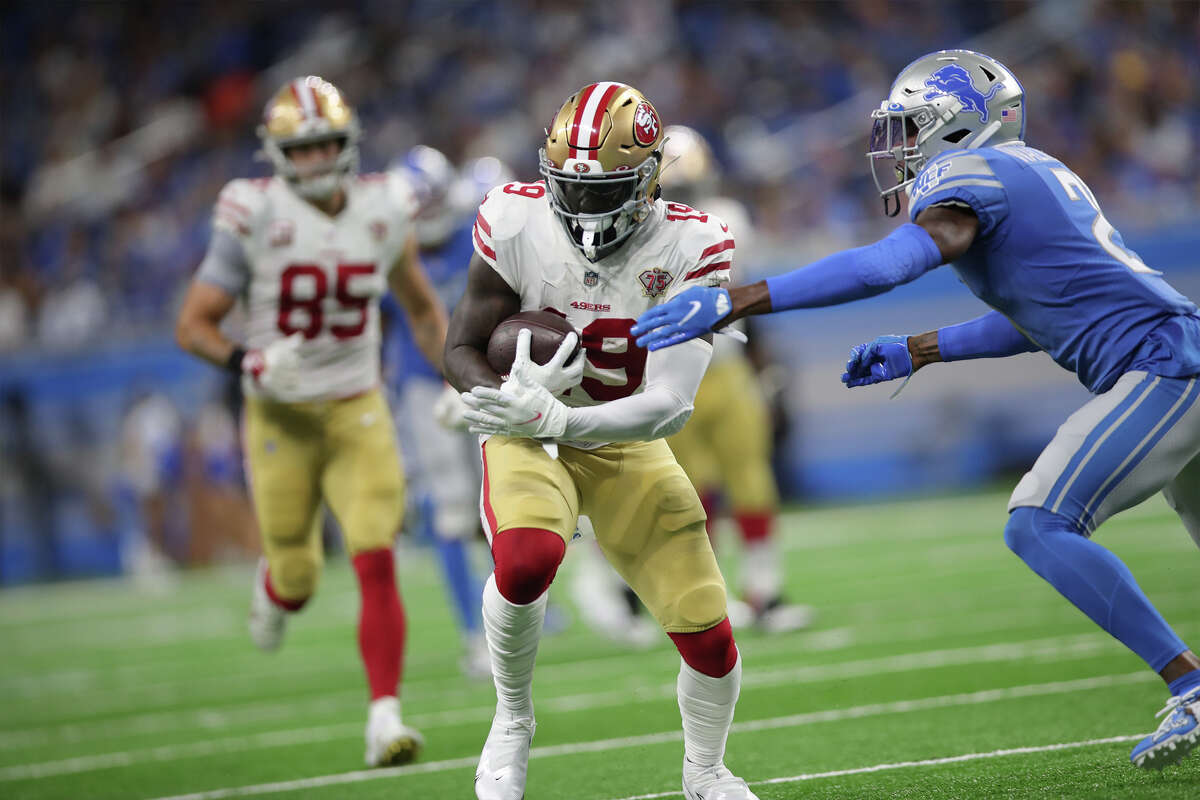 DETROIT, MI - SEPTEMBER 12: Deebo Samuel #19 of the San Francisco 49ers runs after making a catch during the game against the Detroit Lions at Ford Field on September 12, 2021 in Detroit, Michigan. The 49ers defeated the Lions 41-33. (Photo by Michael Zagaris/San Francisco 49ers/Getty Images)
