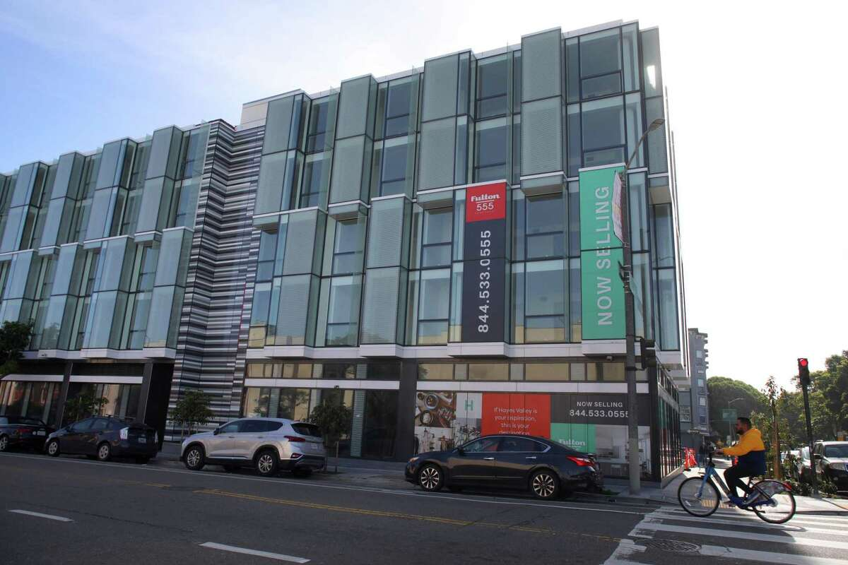 A San Francisco City Attorney's Office investigation accused the developer of 555 Fulton St. project, Zhang Li, of improperly paying for meals for Tom Hui, the former director of the Department of Building Inspection.