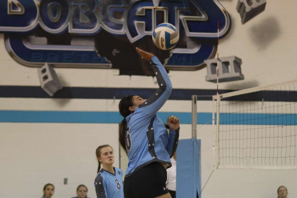 Brethren hosts Mesick for a varsity volleyball match on Sept. 16.