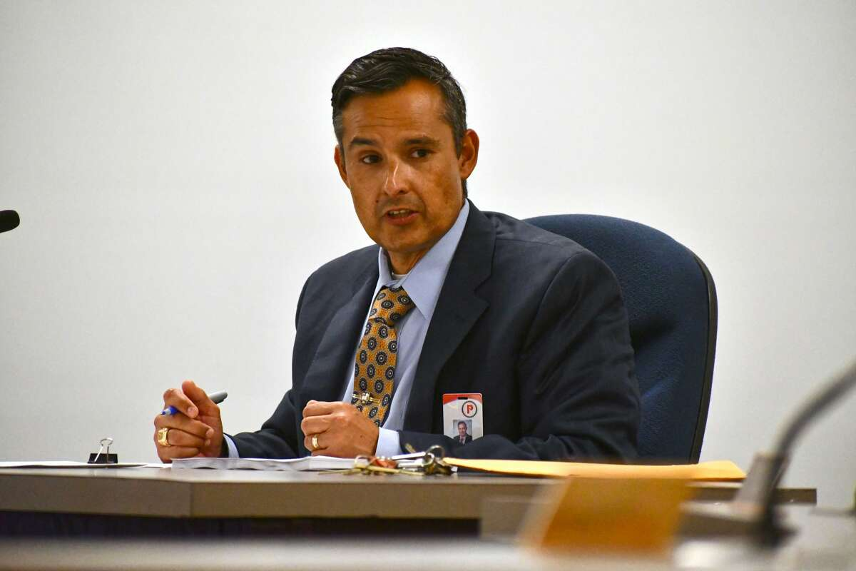 Superintendent H.T. Sanchez addresses the Plainview ISD school board school during a regularly scheduled meeting on Tuesday, Sept. 16, 2021, in which the board approved the building of a private LTE wireless service around the school district.