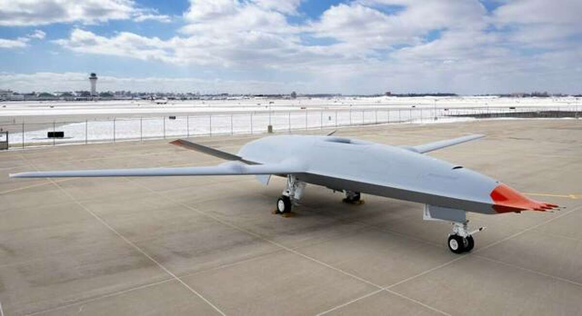 Boeing officials on Friday announced a $200 million investment at its facilities at MidAmerica St. Louis Airport in Mascoutah to begin manufacturing the U.S. Navy's MQ-25 Stingray, an unmanned refueling aircraft.