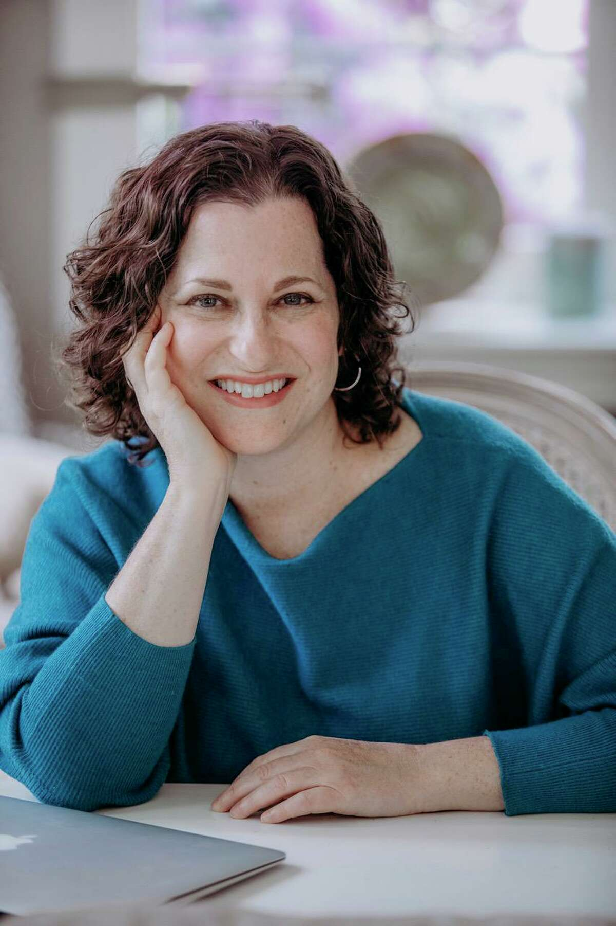 """Weston resident -- and radiologist -- Heather Frimmer has published her second novel, """"Better to Trust."""""""