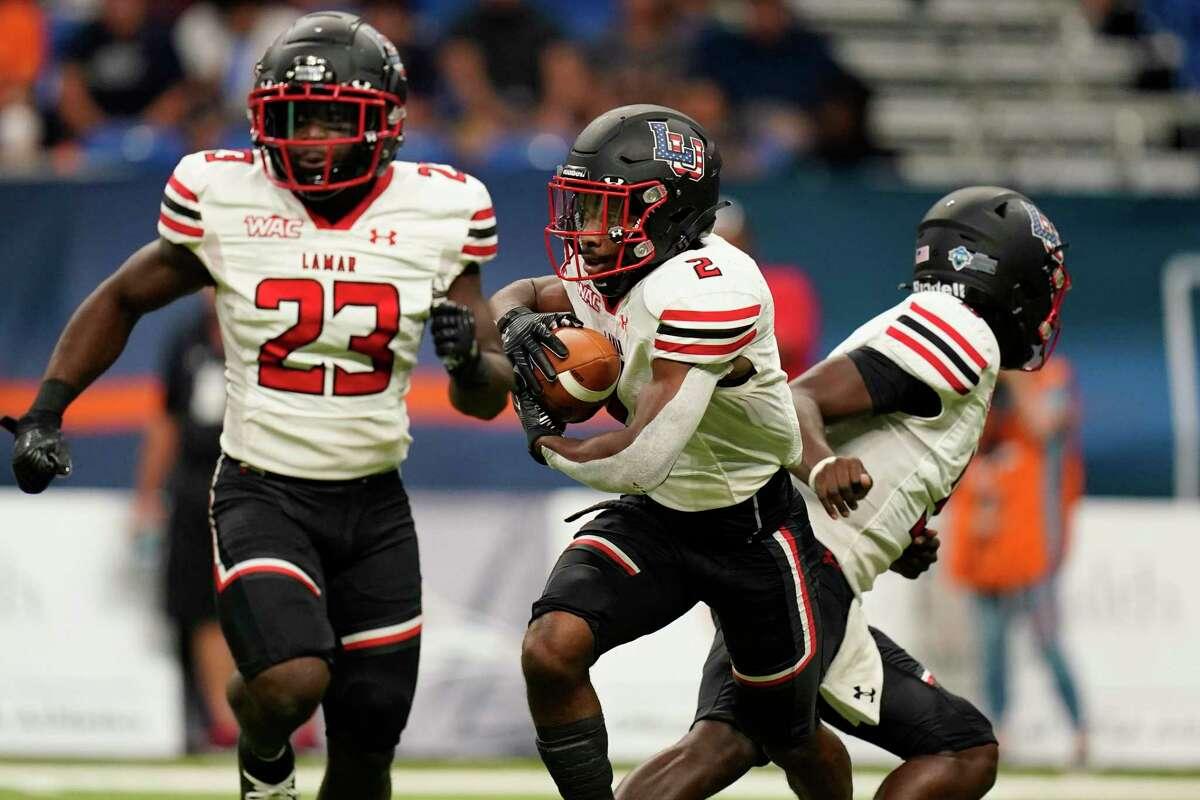 Lamar running back James Jones (2) runs against UTSA during the first half of an NCAA college football game, Saturday, Sept. 11, 2021, in San Antonio. (AP Photo/Eric Gay)