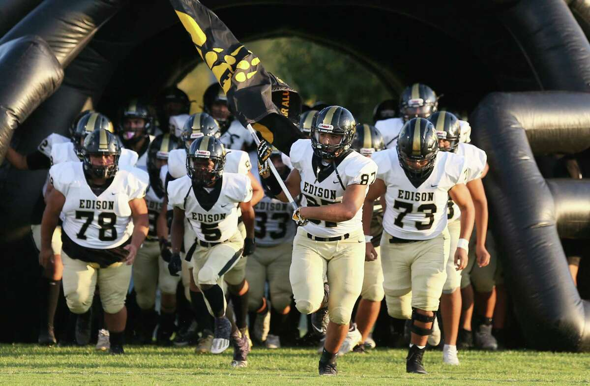 Members of the Edison football team take to the field prior to the UIL football game against Burbank Friday, Sept. 17, 2021, at SAISD Sports Complex.