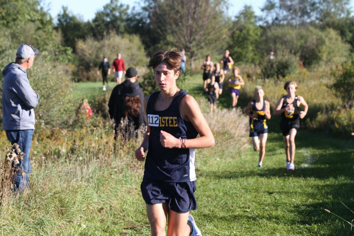 Manistee and Bear Lake Cross Country continuously pushed themselves at the Ludington Invite on Saturday morning.