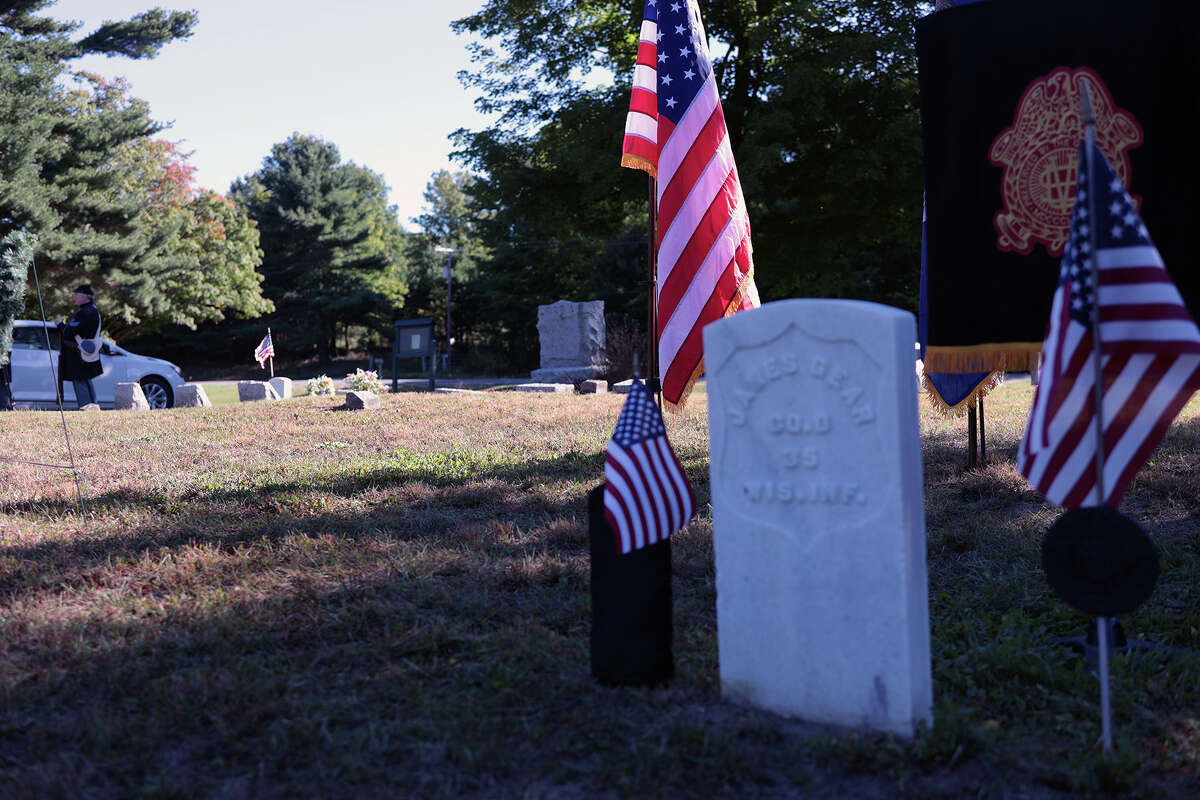 A ceremony for the last civil war Union veteran who was buried in Manistee County was held Saturday at Conway Cemetery in Arcadia Township. James W. Gear who died in 1934, lived most of his life in Arcadia Township.