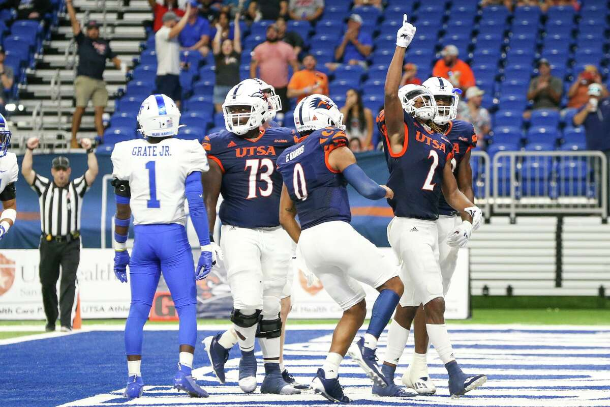 UTSA's Joshua Cephus points skyward after scoring a touchdown on a 12-yard pass reception during the second half of their opening Conference USA football game with Middle Tennessee at the Alamodome on Saturday, Sept. 18, 2021. UTSA beat Middle Tennessee 27-13.