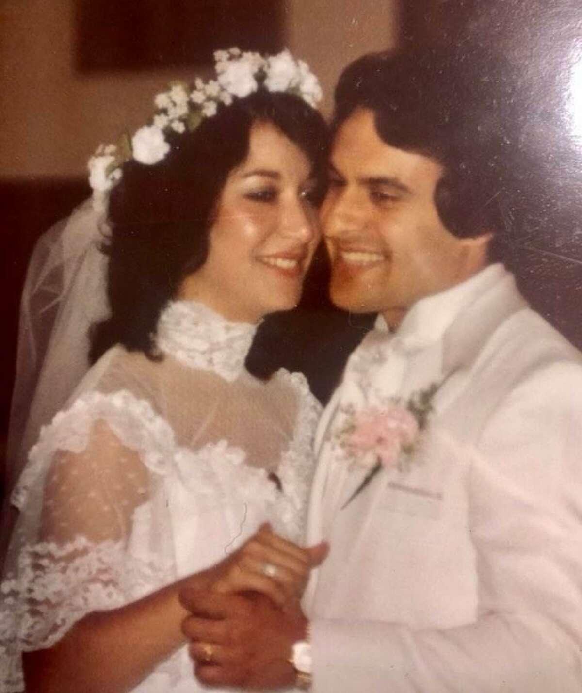Karen and Pete Leonetti on their wedding day.