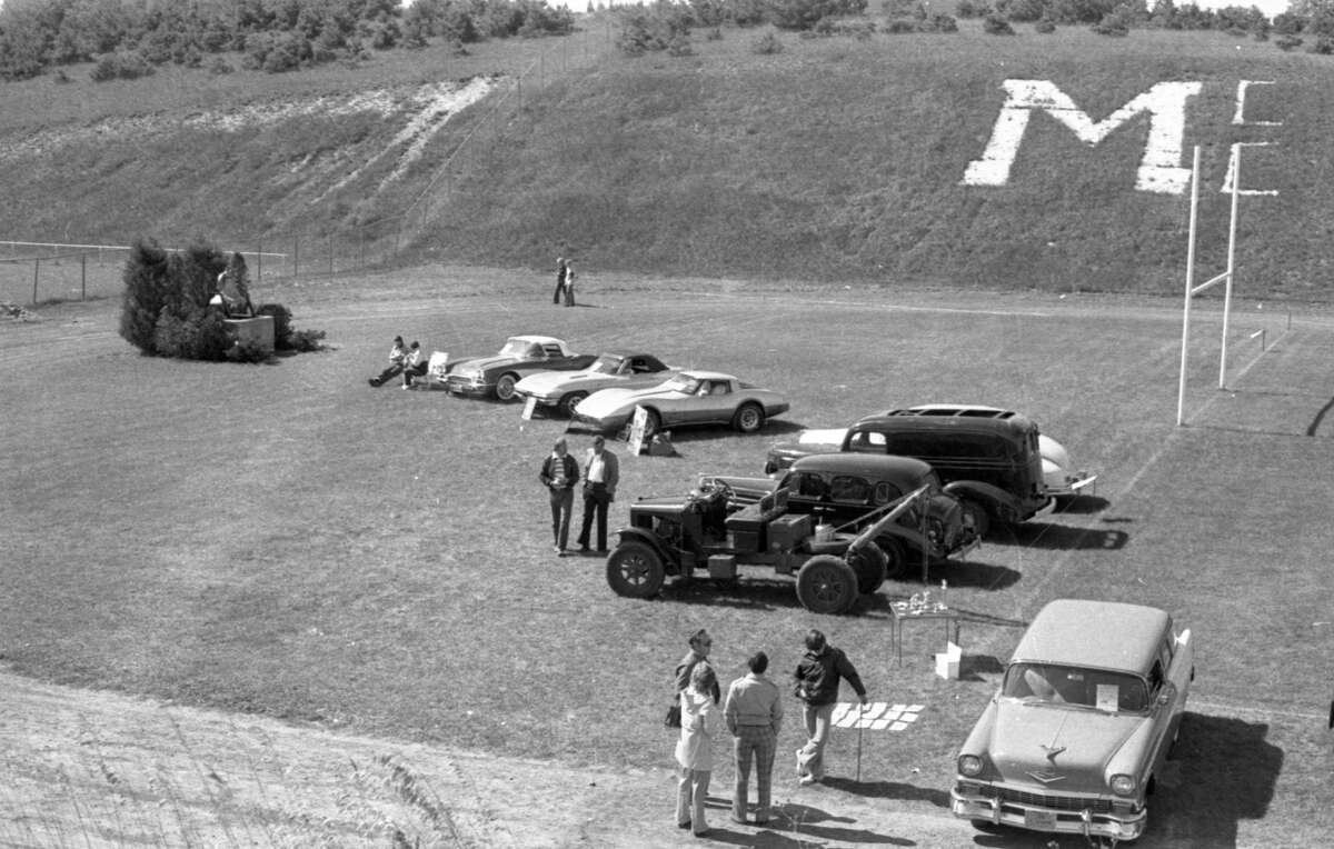 Antique cars were on full display at the Manistee Catholic Central football field in mid-September 1981. (Manistee County Historical Museum photo)