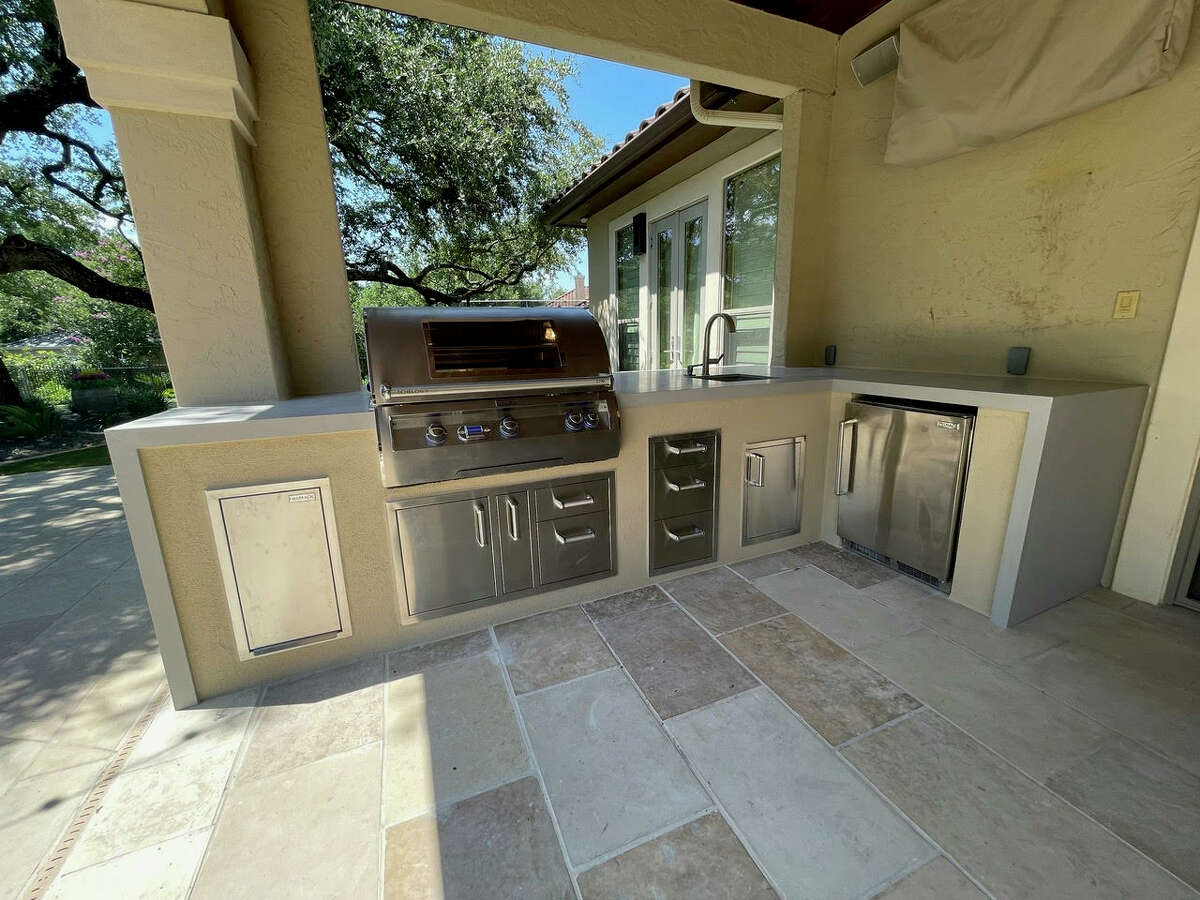 According to Cozy Outdoor Escapes, the simplest outdoor kitchens cost about $8,000 to $10,000, but they can range from $20,000 and beyond for more luxurious iterations.