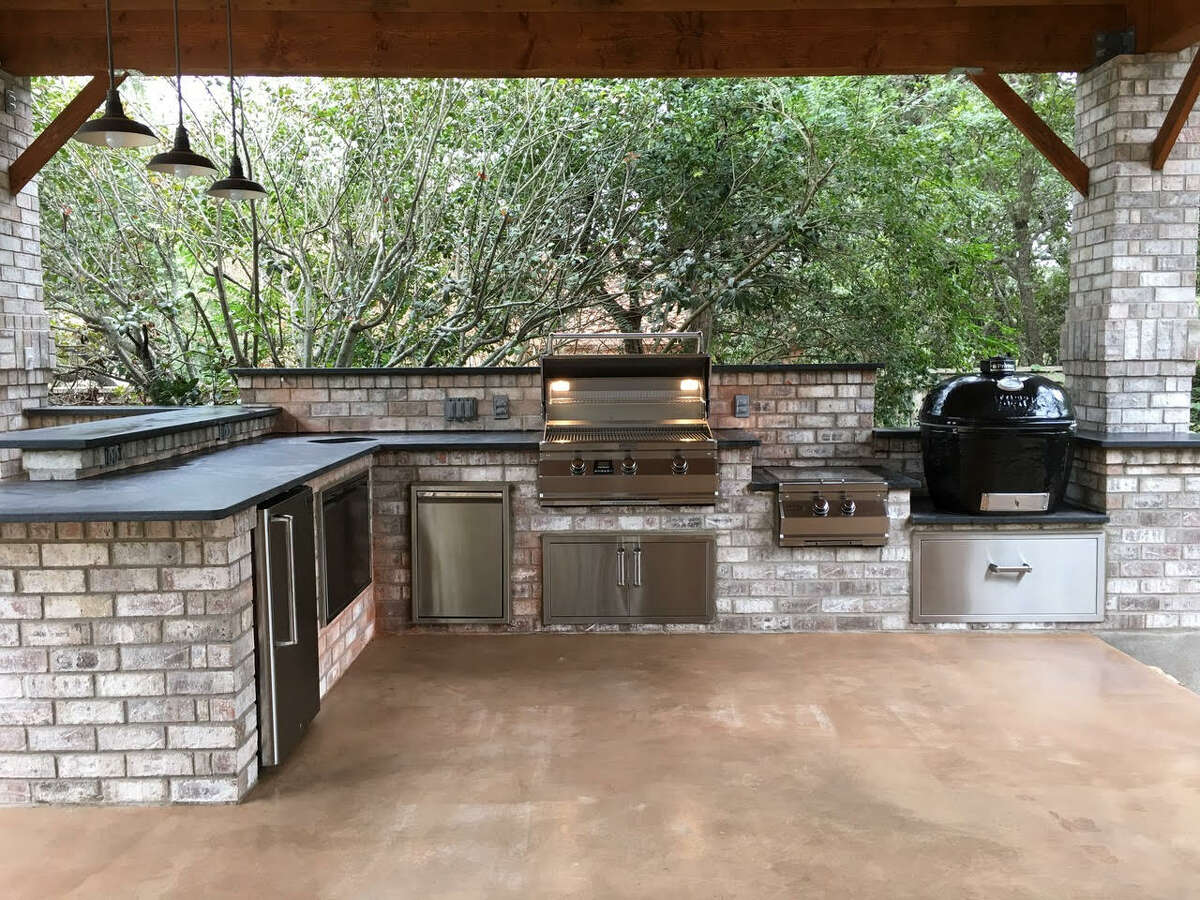 Since the pandemic, more homeowners have sought to beautify their outdoor spaces by outdoor kitchens.