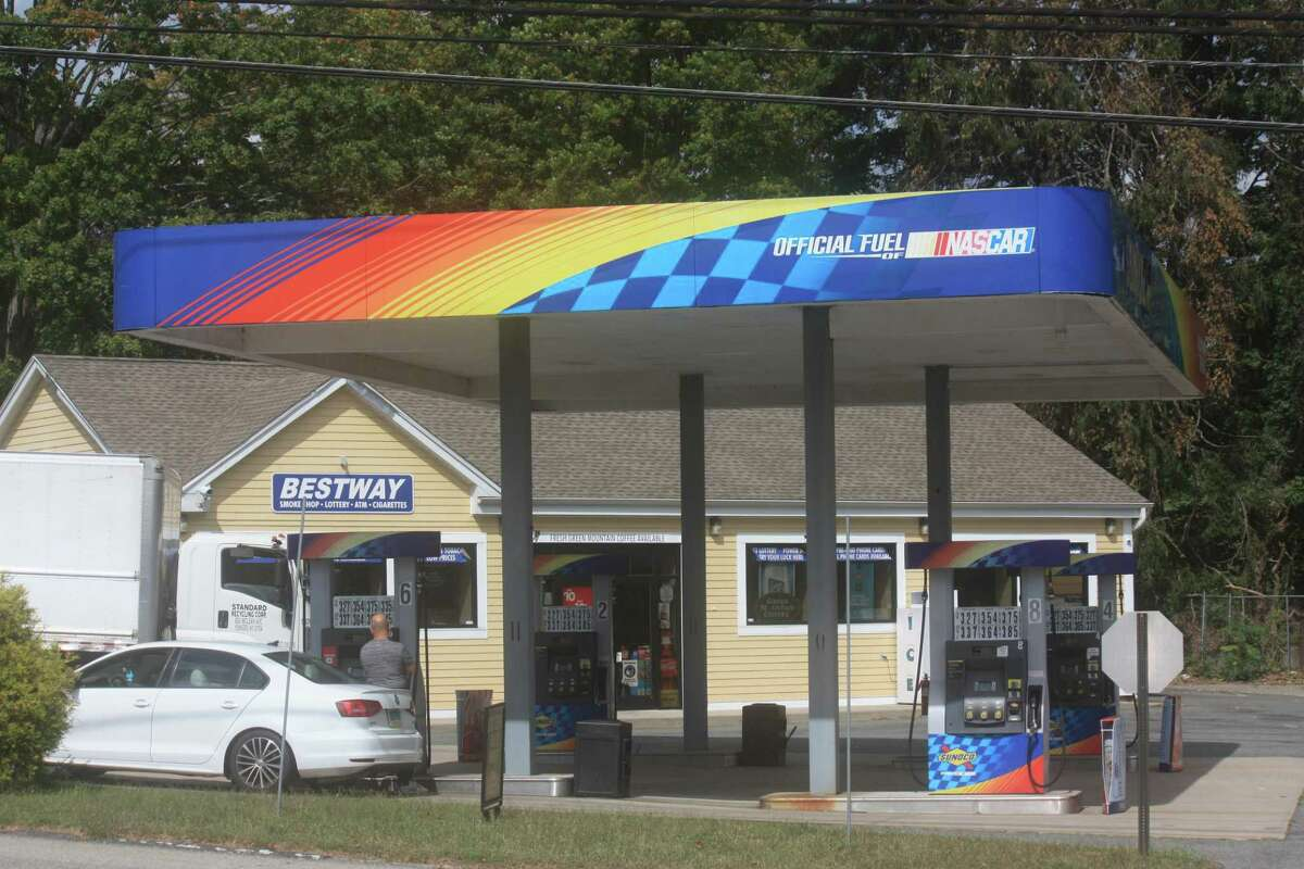 The Bestway Sunoco gas station is located at 1 Saybrook Road.