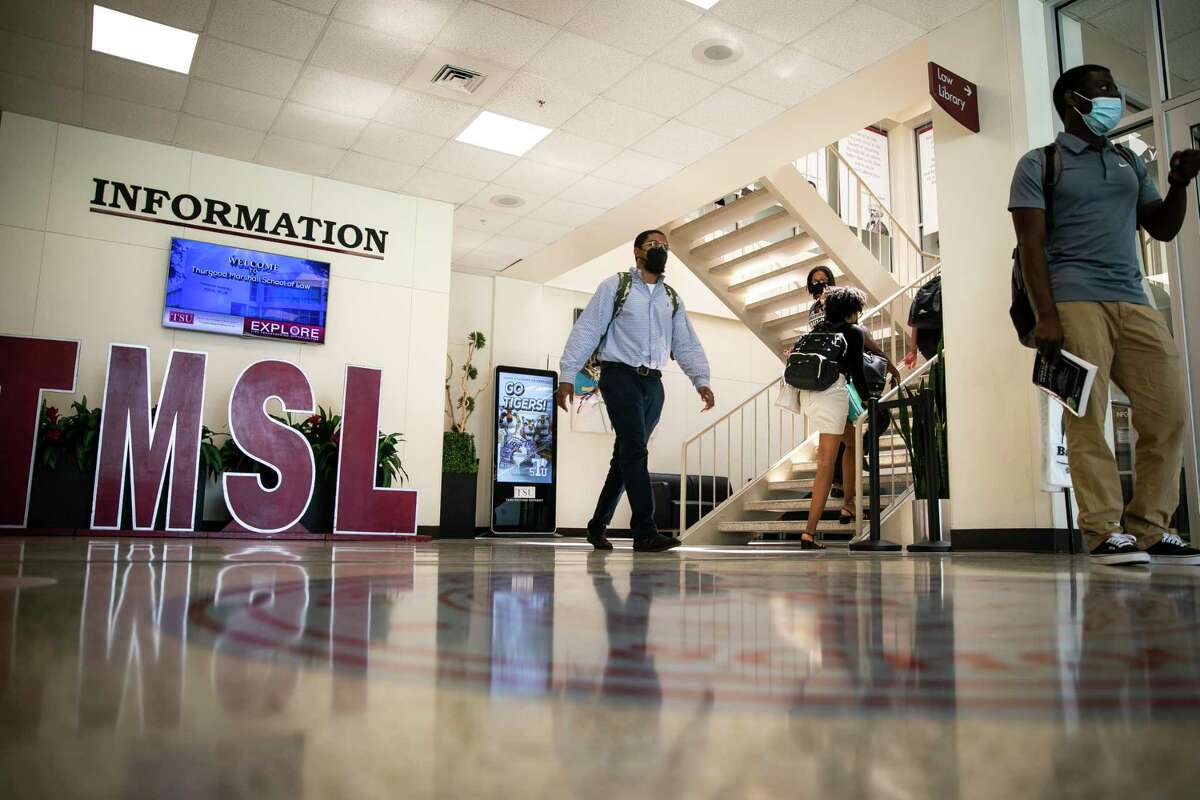Students at Texas Southern University's Thurgood Marshall School of Law voiced concerns over poor Wi-Fi and faulty equipment.