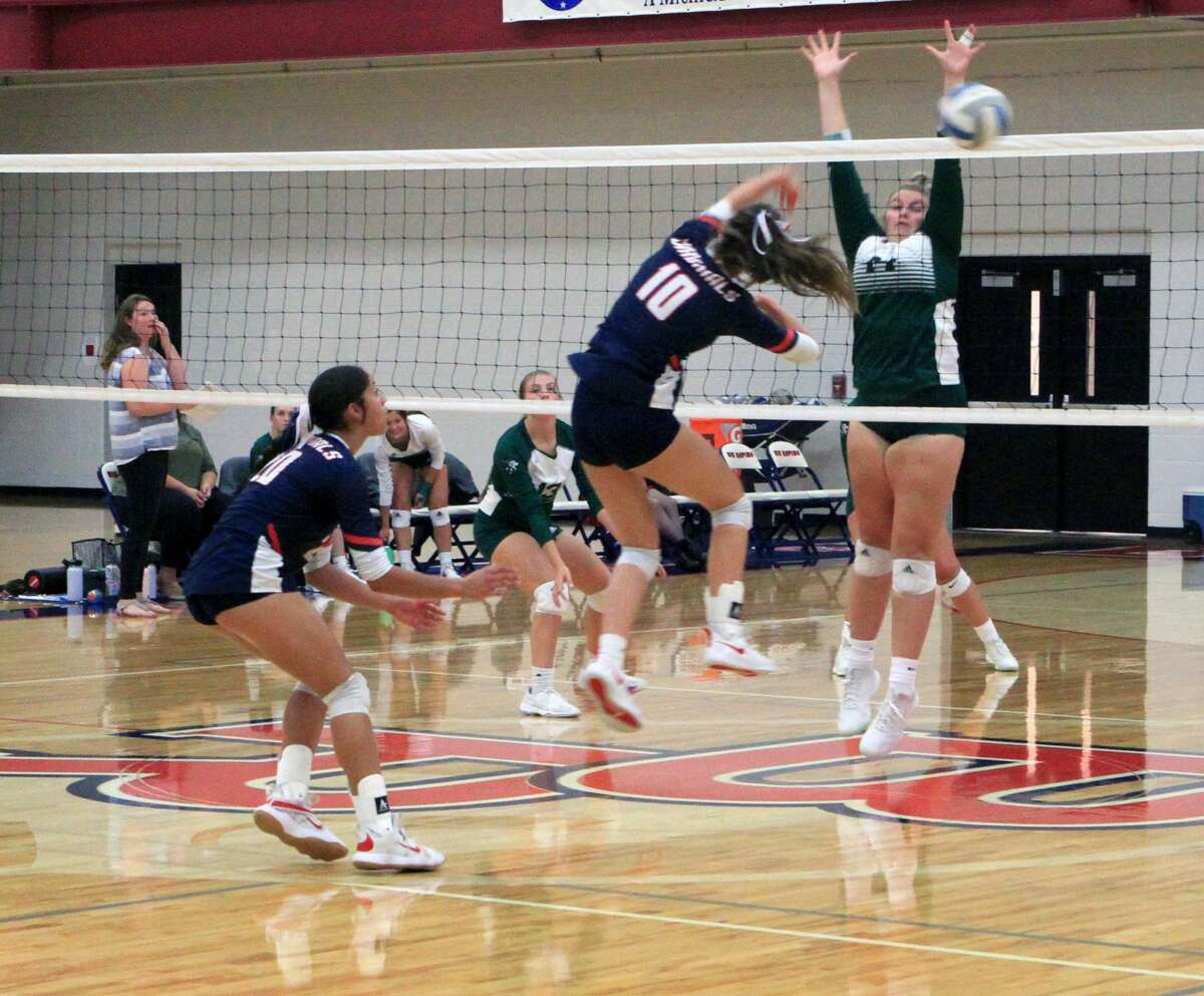 The Big Rapids voplleyball team was defeated in three sets by Central Montcalm on Tuesday evening at Big Rapids High School.