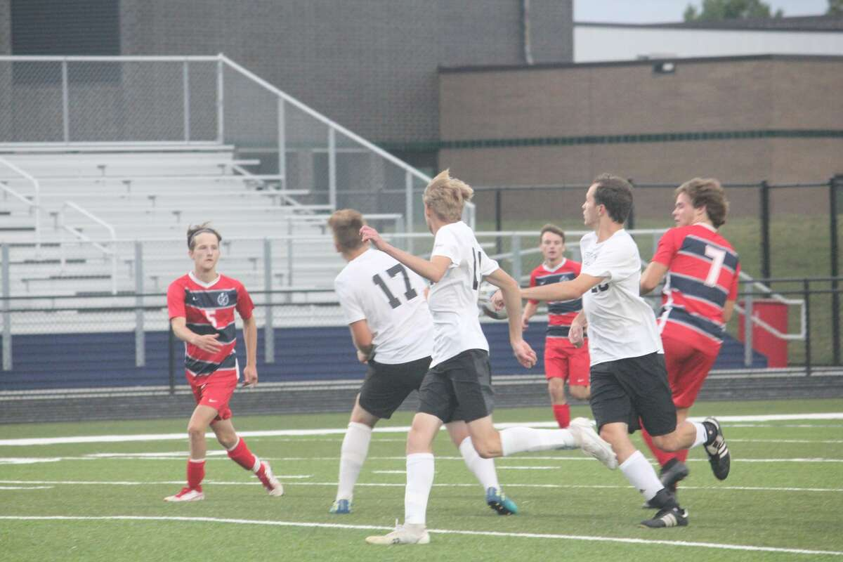 Tri County handed Big Rapids its first loss of the season in a 2-0 verdict on Tuesday