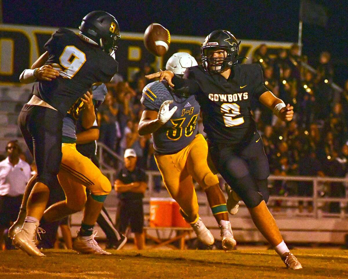 Camden Sperry (2) and eighth-ranked Happy will be put to the test against third-ranked Sterling City.