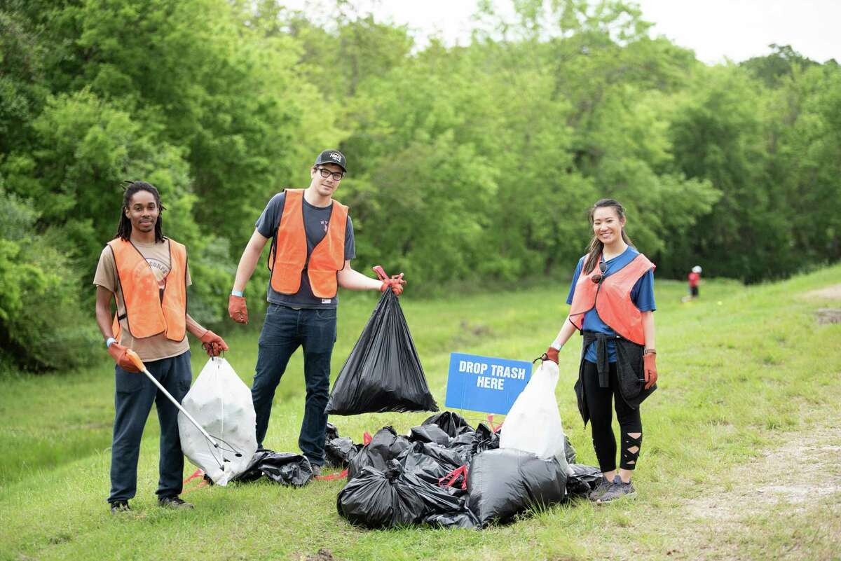 """Bayou Preservation Association is seeking volunteers for its Trash Bash 2022 """"Clean It Like You Mean It!"""""""
