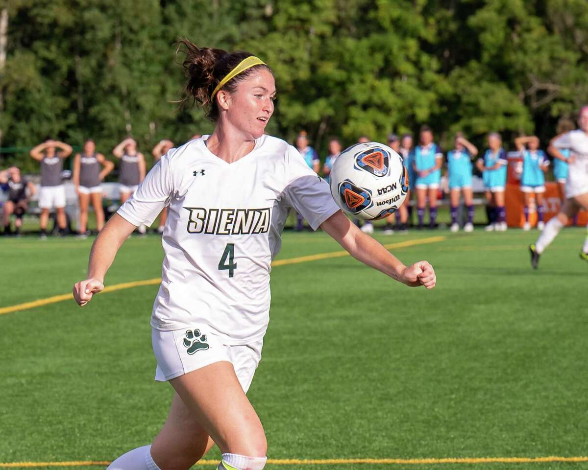 Siena midfielder Emily McNelis moves upfield against UAlbany at Siena College in Loudonville, NY, on Wednesday, Sept. 22, 2021. (Jim Franco/Special to the Times Union)